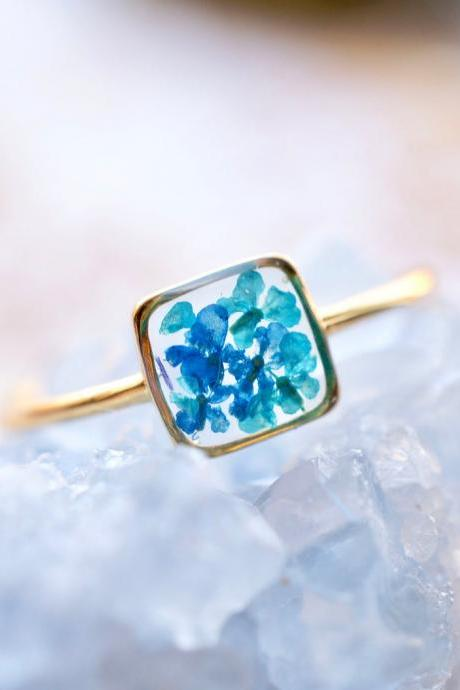 Real Pressed Flower and Resin Ring, Gold Band in Blue and Teal
