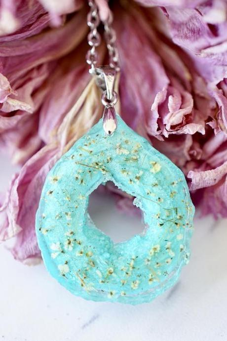 Real Pressed Flowers in Resin, Teal Geode Necklace with Yellow Flowers